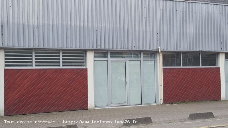 LOCAL COMMERCIAL - PAVILLY - 1 pièce(s) - 60 m² :: Loyer mensuel : 510 €